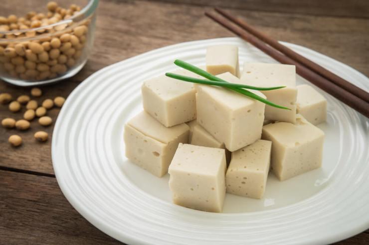 7-beneficios-que-nos-brinda-el-tofu-el-queso-de-soja